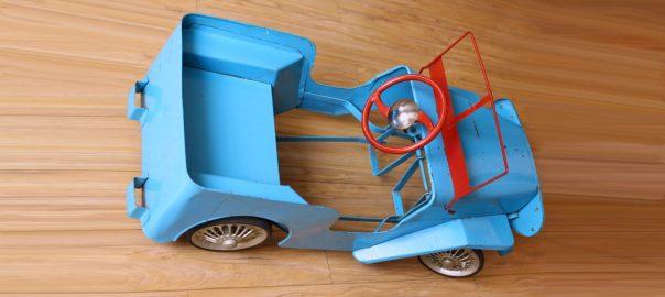 Masinuta cu pedale romaneasca