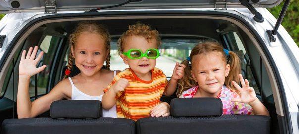 Copii in autoturism